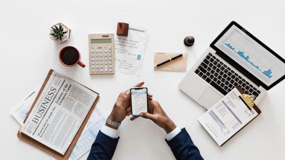 Ribet Membuat Laporan Keuangan? Ini 4 Manfaat Software Keuangan untuk Membuat Laporan Keuangan Jadi Lebih Mudah